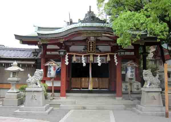 尾浜八幡神社_a0045381_12532558.jpg