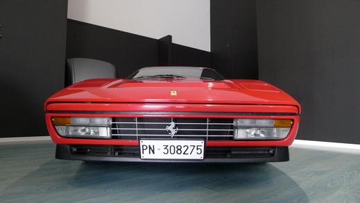 南イタリアと北イタリアからの2台のGTBターボ_a0129711_199358.jpg