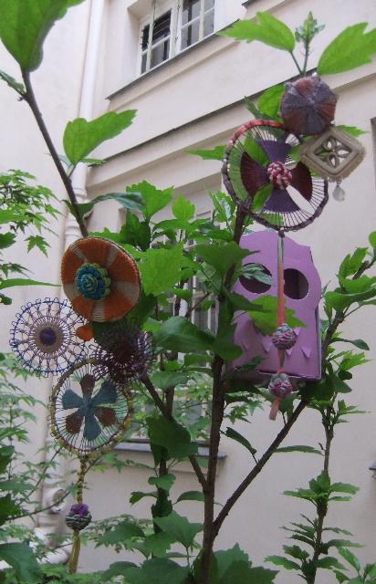 Rika OGASAWARA  Exposition des bijoux chez *The Lace Center harajuku * _b0117913_9563945.jpg