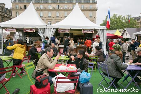 パリの小さなイベント&屋台_c0024345_9532757.jpg