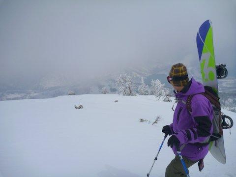 【滑走レポ 2013.4.22】 4月下旬の新雪に道中ドキドキ(笑)@かぐら_e0037849_9101912.jpg