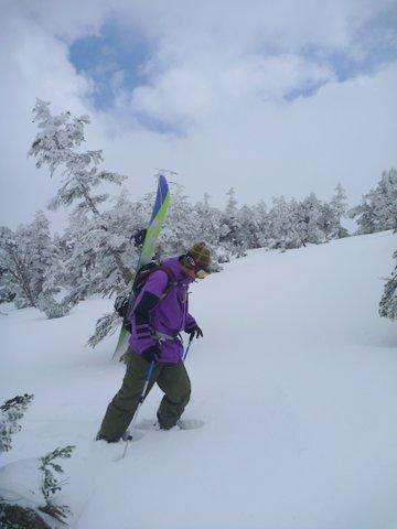 【滑走レポ 2013.4.22】 4月下旬の新雪に道中ドキドキ(笑)@かぐら_e0037849_910793.jpg