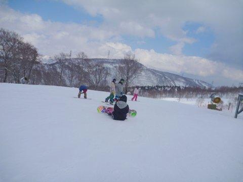 【滑走レポ 2013.4.22】 4月下旬の新雪に道中ドキドキ(笑)@かぐら_e0037849_9155578.jpg