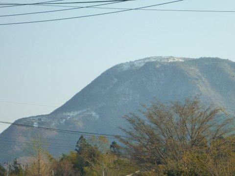 【滑走レポ 2013.4.22】 4月下旬の新雪に道中ドキドキ(笑)@かぐら_e0037849_933298.jpg