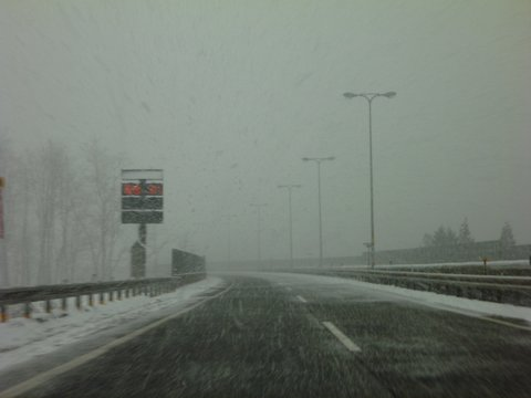 【滑走レポ 2013.4.22】 4月下旬の新雪に道中ドキドキ(笑)@かぐら_e0037849_943721.jpg