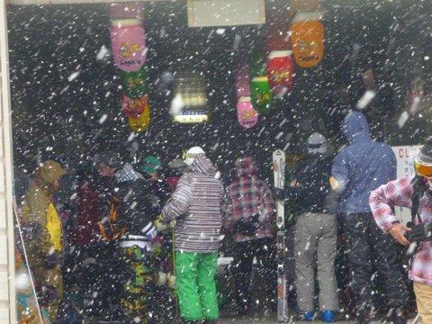 【滑走レポ 2013.4.22】 4月下旬の新雪に道中ドキドキ(笑)@かぐら_e0037849_955188.jpg
