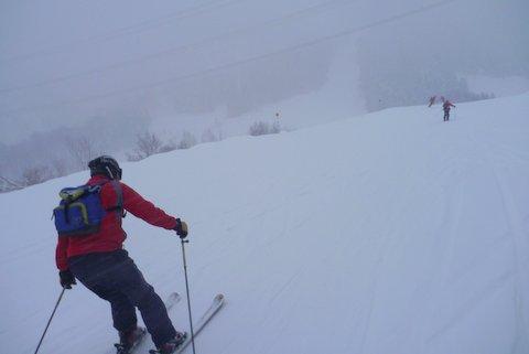 【滑走レポ 2013.4.22】 4月下旬の新雪に道中ドキドキ(笑)@かぐら_e0037849_963330.jpg