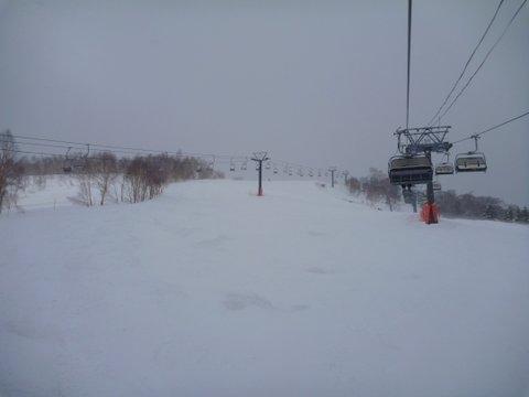 【滑走レポ 2013.4.22】 4月下旬の新雪に道中ドキドキ(笑)@かぐら_e0037849_97168.jpg
