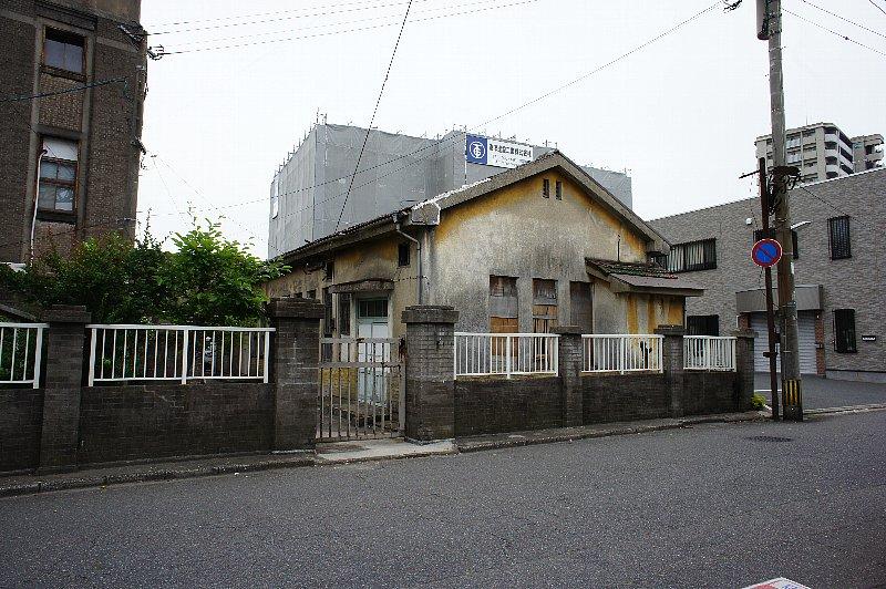 北九州市若松区の上野ビル_c0112559_9452940.jpg