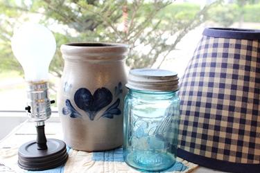 Rowe Pottery もランプにしてみました♪_f0161543_1571879.jpg