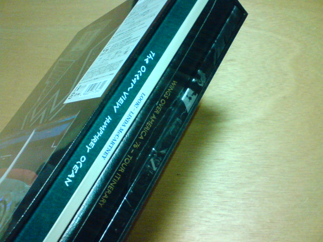本日到着高級品 〜 WINGS OVER AMERICA - Paul McCartney Archive Collection / Paul McCartney and Wings_c0104445_21264282.jpg