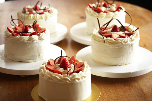 ケーキを作るぜっ!_f0149855_5443178.jpg