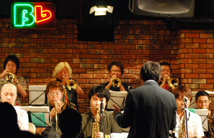 内堀 勝 BIG BAND Live at B-Flat _b0183698_15381393.jpg