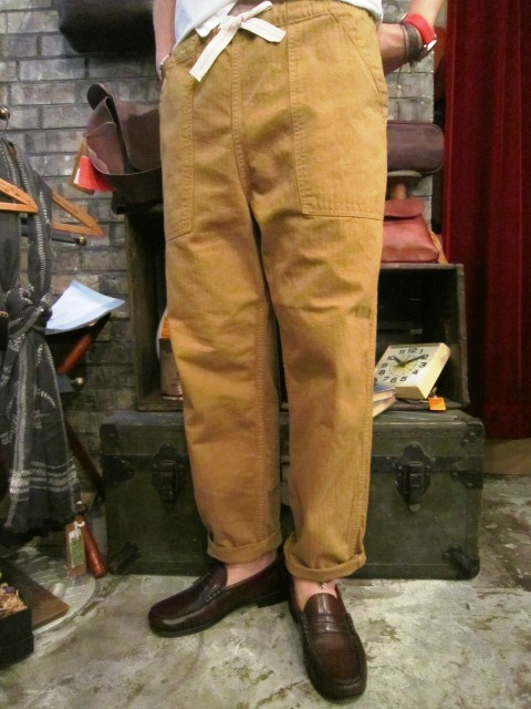 "ANACHRONORM \""Tapered Easy Pants\"" ご紹介_f0191324_9211086.jpg"