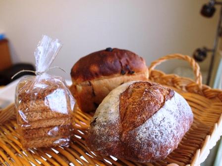 食パン・フランスパン・カンパーニュ_e0167593_16233130.jpg