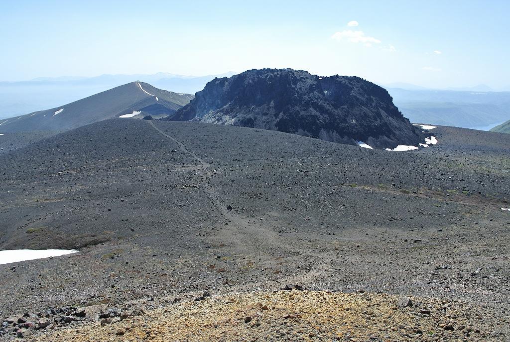5月31日、風不死岳と樽前山-その2-_f0138096_2351353.jpg
