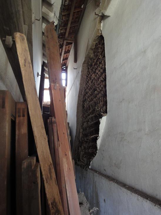 家の修復 第3弾その2_b0124462_654632.jpg