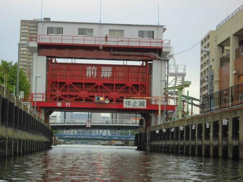 扇橋ゲ-トから神田方面へ_c0249569_1335178.jpg
