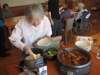 昼食作り<アクティブライフ芦屋・グループホーム つつじ>_c0107602_10191282.jpg
