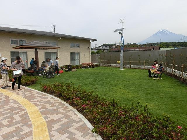 子育て支援と遊びの拠点 東部児童館がオープン_f0141310_7151787.jpg