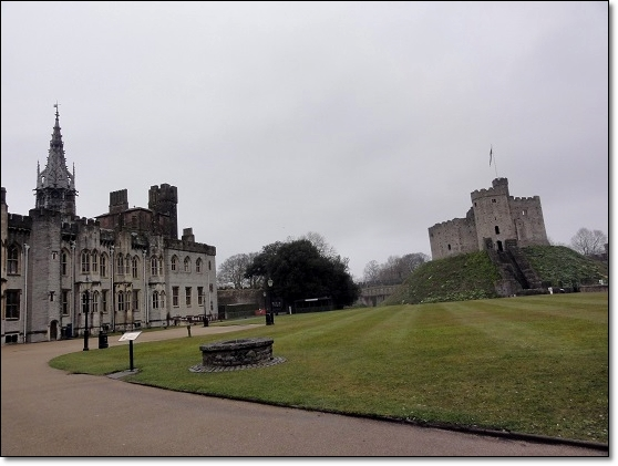 Cardiff Castle~カーディフ城_c0079828_16303987.jpg