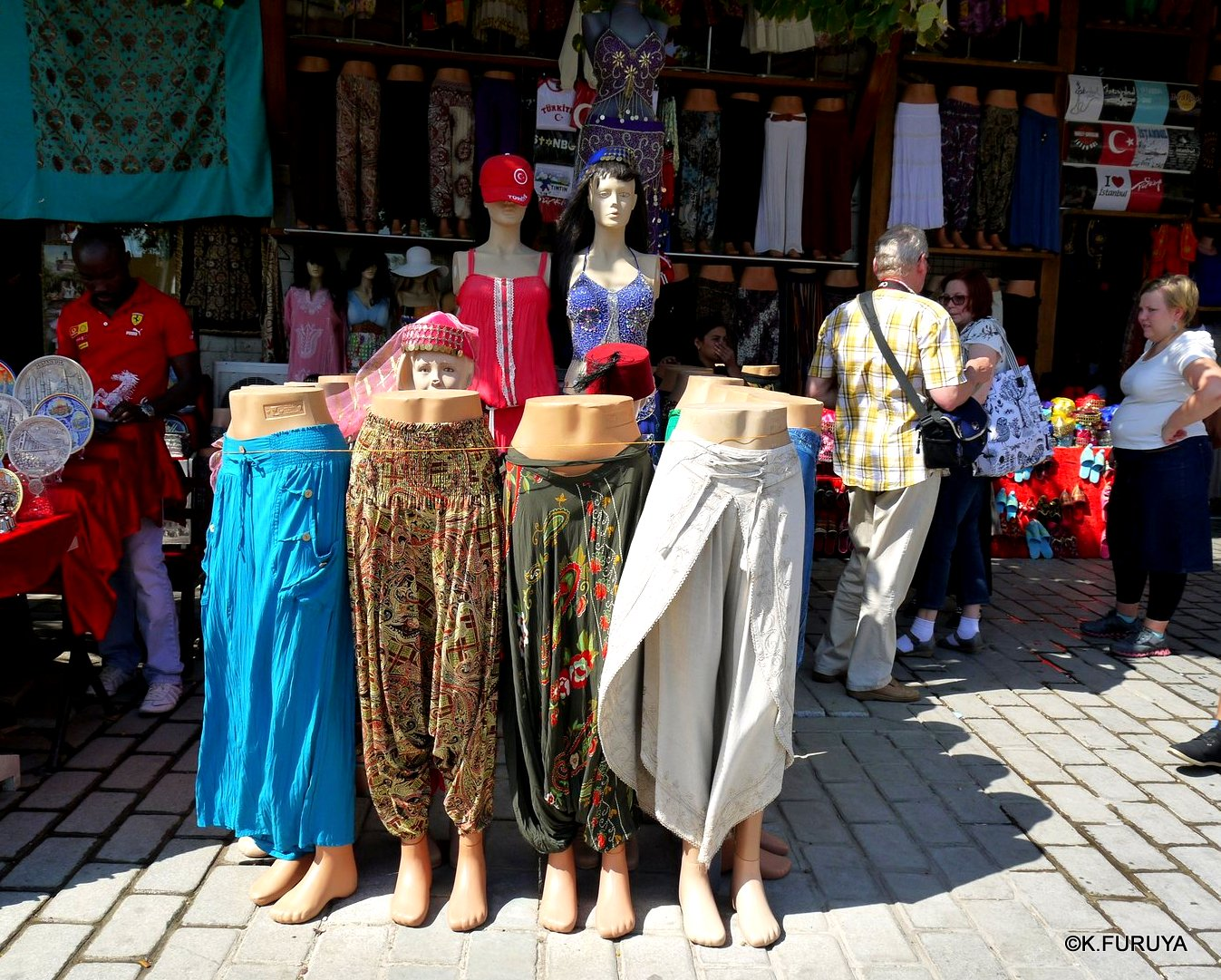トルコ旅行記 37 イスタンブール旧市街その1_a0092659_1822365.jpg