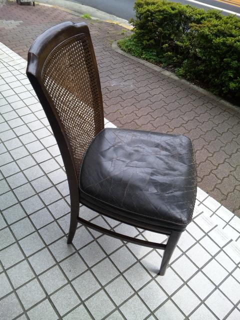ウィリアムモリスの生地で、椅子を張替えました。_c0157866_11312147.jpg