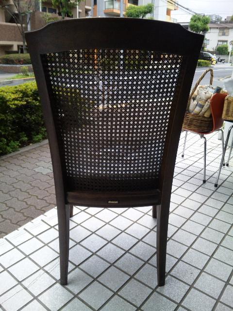 ウィリアムモリスの生地で、椅子を張替えました。_c0157866_1132166.jpg