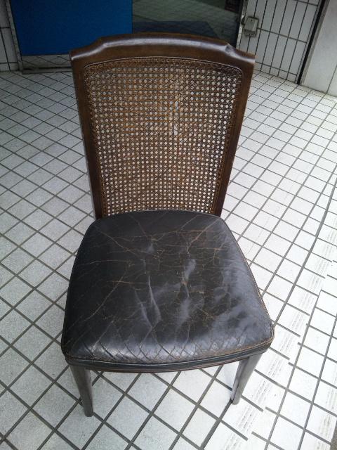 ウィリアムモリスの生地で、椅子を張替えました。_c0157866_11323033.jpg