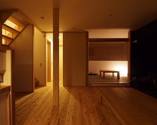 夜の建物_c0039501_1622057.jpg