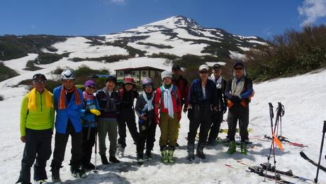 2013年5月31日残雪豊富な鳥海山祓川口コースで春スキーを楽しむ_c0242406_14275961.jpg