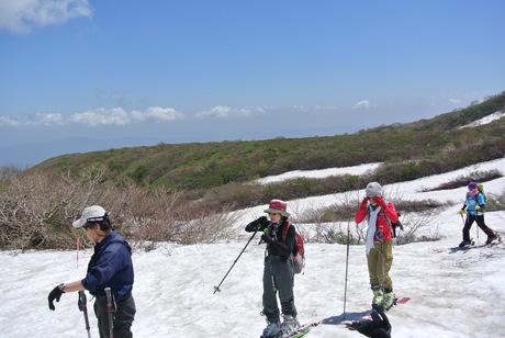 2013年5月31日残雪豊富な鳥海山祓川口コースで春スキーを楽しむ_c0242406_14314876.jpg