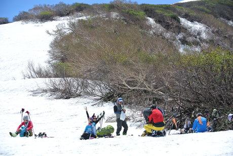 2013年5月31日残雪豊富な鳥海山祓川口コースで春スキーを楽しむ_c0242406_1436589.jpg