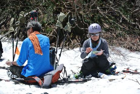 2013年5月31日残雪豊富な鳥海山祓川口コースで春スキーを楽しむ_c0242406_14375526.jpg