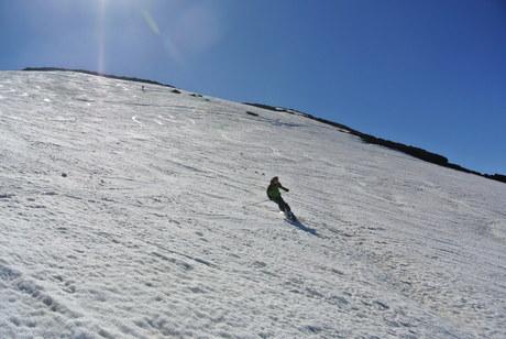 2013年5月31日残雪豊富な鳥海山祓川口コースで春スキーを楽しむ_c0242406_16305297.jpg
