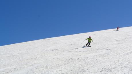 2013年5月31日残雪豊富な鳥海山祓川口コースで春スキーを楽しむ_c0242406_16322384.jpg