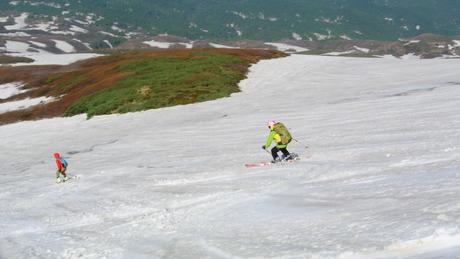 2013年5月31日残雪豊富な鳥海山祓川口コースで春スキーを楽しむ_c0242406_1634829.jpg