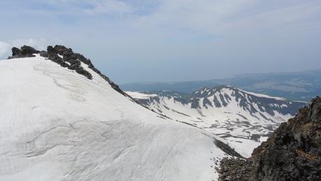 2013年5月31日残雪豊富な鳥海山祓川口コースで春スキーを楽しむ_c0242406_16535473.jpg