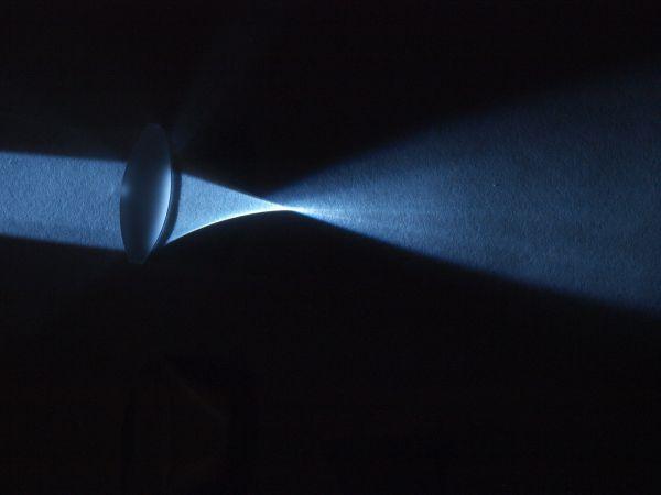 凸レンズの集光_c0164709_20423986.jpg
