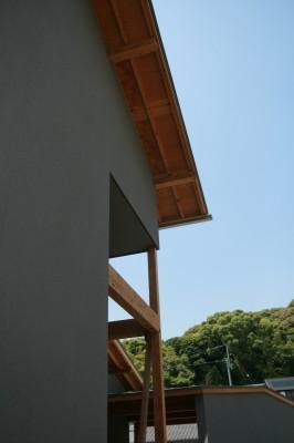 まもなく完成です☆/ 「観世音寺の家Ⅰ・ガレージハウスのあるイエ」_e0029115_17552186.jpg