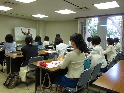 きょうの横浜は「ロッキーブルー」_d0046025_10393297.jpg