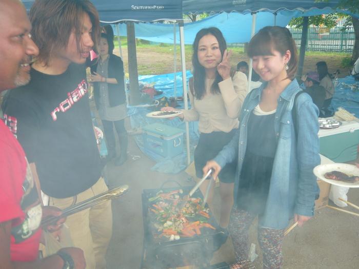FIJI BAR BBQ  at Hirakata  May 2013_a0117653_23481746.jpg