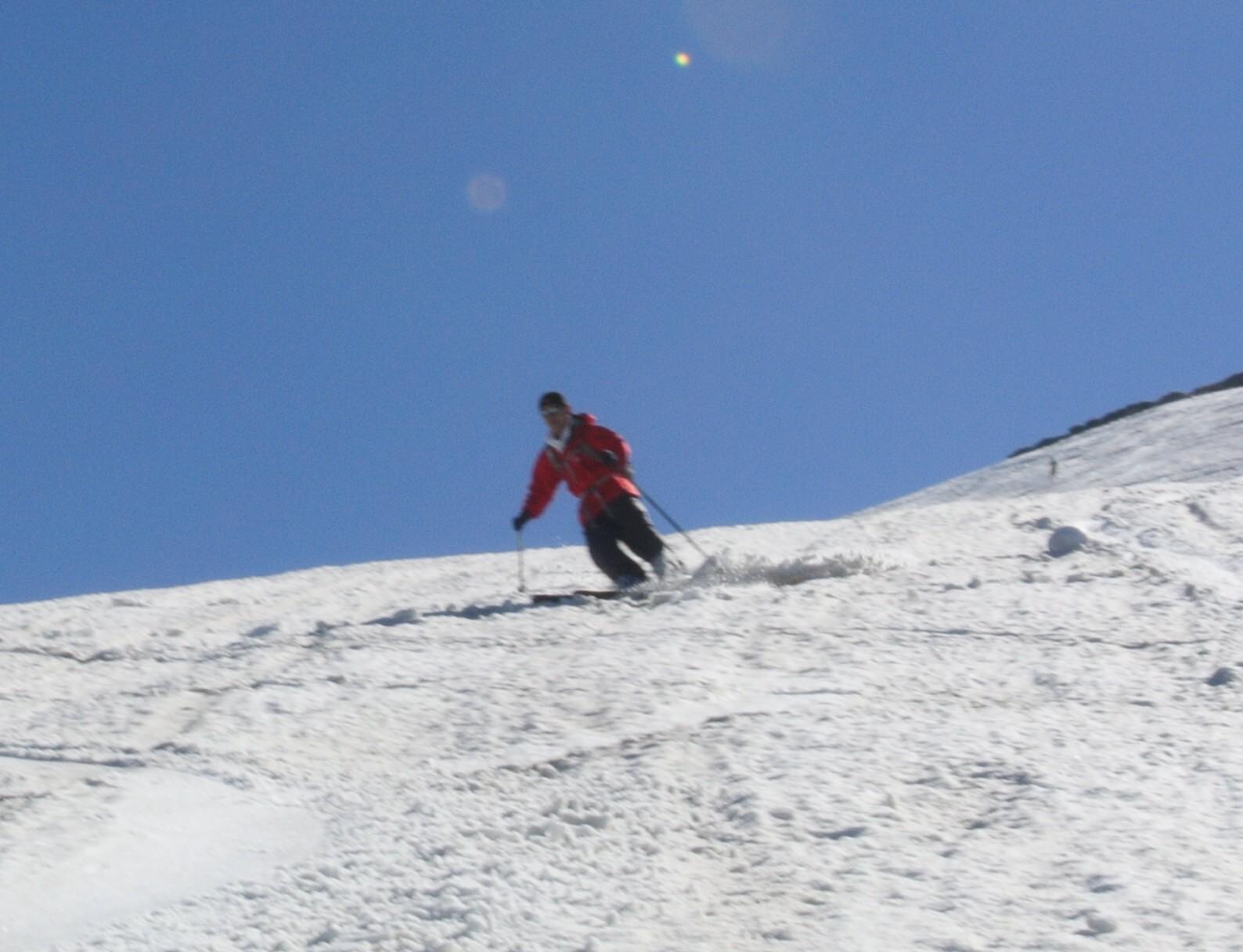 2013年5月31日残雪豊富な鳥海山祓川口コースで春スキーを楽しむ_c0242406_14291763.jpg