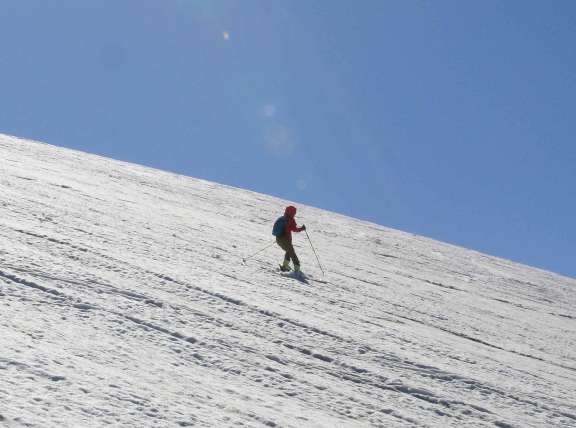 2013年5月31日残雪豊富な鳥海山祓川口コースで春スキーを楽しむ_c0242406_14315354.jpg