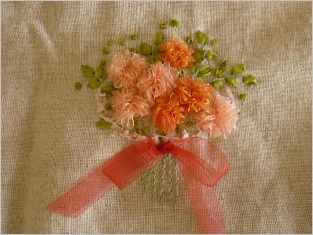 6/20(木)まで リボンカフェ作品展 リボン刺繍とリボン小物_b0151508_16395856.jpg