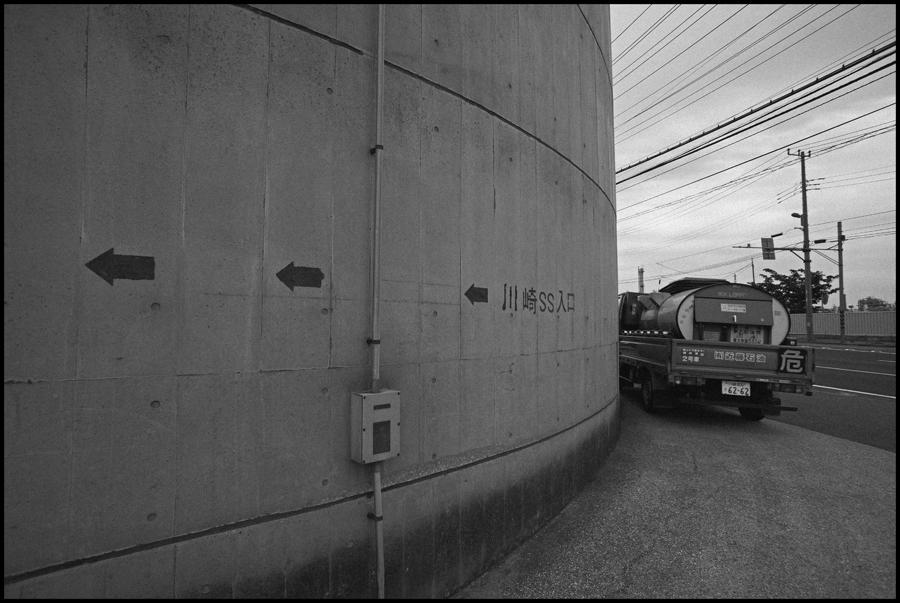 【Snapshot】 モノクロームの夜光 _c0035245_265510.jpg