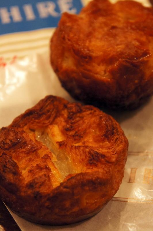 京都 パティスリー・デ・レーヴ のお菓子をいただきました。_d0210450_12354434.jpg