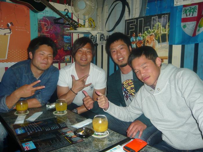 FIJI BAR Osaka  May 2013_a0117653_0302860.jpg