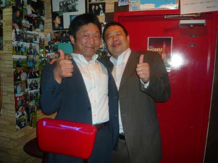 FIJI BAR Osaka  May 2013_a0117653_0333083.jpg
