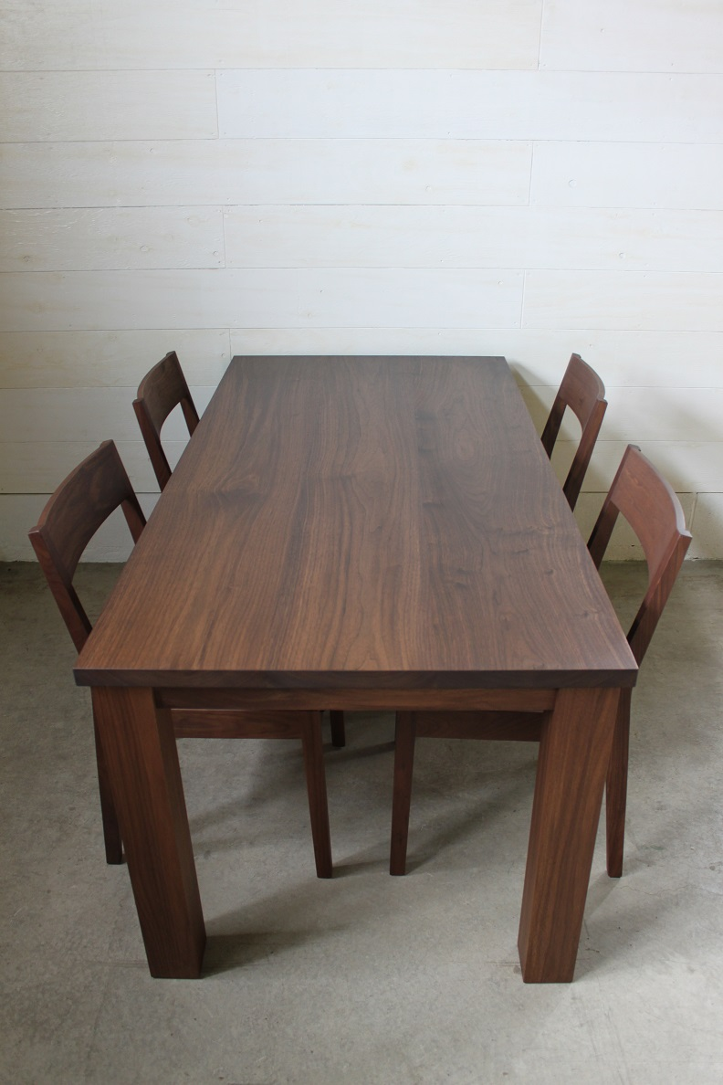 NS DINING TABLE SET_c0146581_13364611.jpg